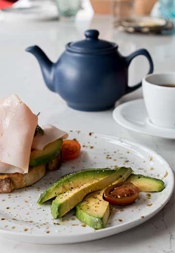 Insolito-desayuno-tostada-pavo